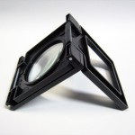 tool-2way-stand-loupe-folded-2