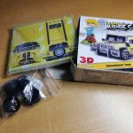 pullback-3d-puzzle-toy-car-A_box-content